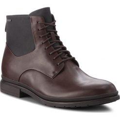 Kozaki CLARKS - Londonpace Gtx GORE-TEX 261269307 Brown Leather. Brązowe glany męskie Clarks, z gore-texu. W wyprzedaży za 469,00 zł.