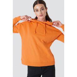 NA-KD Bluza z kapturem z kopertowym tyłem - Orange. Pomarańczowe bluzy z kapturem damskie marki NA-KD. W wyprzedaży za 85,37 zł.