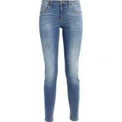 Benetton POCKETS Jeansy Slim Fit light blue denim. Niebieskie jeansy damskie relaxed fit marki Benetton. Za 179,00 zł.