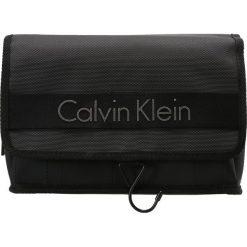 Kosmetyczki męskie: Calvin Klein MADOX Kosmetyczka black
