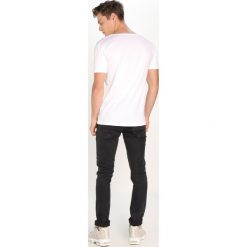 T-shirty męskie: Knowledge Cotton Apparel BASIC FIT ONECK Tshirt basic offwhite