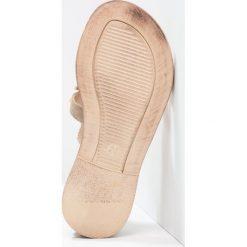 Florens Sandały tortora. Szare sandały chłopięce Florens, z materiału, z otwartym noskiem. W wyprzedaży za 347,40 zł.