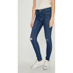 Vero Moda - Jeansy. Niebieskie jeansy damskie rurki marki Vero Moda, z bawełny. Za 169,90 zł.