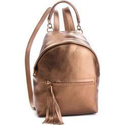 Plecak COCCINELLE - CN0 Leonie E1 CN0 54 03 01 Brązowy. Brązowe plecaki damskie marki Coccinelle, ze skóry, klasyczne. Za 1249,90 zł.