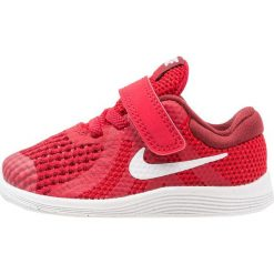 Buty sportowe męskie: Nike Performance REVOLUTION 4 Obuwie do biegania treningowe gym red/white/team red/black