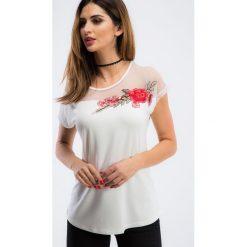 Bluzki damskie: Kremowa bluzka z haftem TA6186