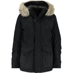 GStar WHISTLER TWILL FUR HDD SHORT PARKA Kurtka zimowa black. Czarne kurtki męskie zimowe marki G-Star, m, z bawełny. W wyprzedaży za 637,45 zł.