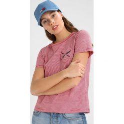 Tommy Jeans Czapka z daszkiem blue. Szare czapki damskie marki Calvin Klein Jeans, na zimę, z jeansu. Za 129,00 zł.