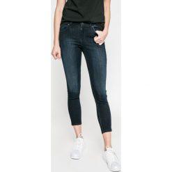 Lee - Jeansy Scarlett Cropped. Niebieskie jeansy damskie marki Lee, z bawełny. W wyprzedaży za 279,90 zł.