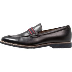 Steve Madden NOVEL Eleganckie buty black. Czarne buty wizytowe męskie Steve Madden, z materiału. Za 379,00 zł.