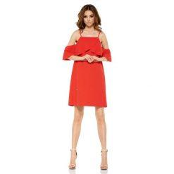Sukienki: Czerwona Wyjątkowa Trapezowa Sukienka z Falbanką z Odkrytymi Ramionami