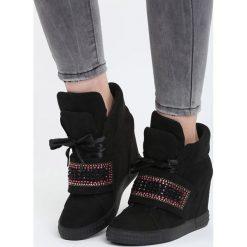 Czarne Sneakersy Stop Me Now. Czarne sneakersy damskie marki Kazar, z lakierowanej skóry. Za 119,99 zł.
