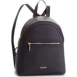 Plecak LIU JO - M Backpack Manhatta N68067 E0087 Nero 22222. Czarne plecaki damskie marki Liu Jo, ze skóry ekologicznej, eleganckie. Za 599,00 zł.