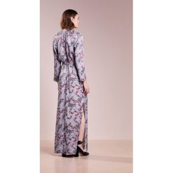 Długie sukienki: House of Dagmar VARA Długa sukienka multicolor