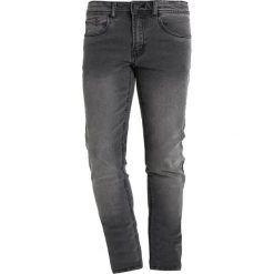 Redefined Rebel COPENHAGEN Jeansy Slim Fit black grey. Szare rurki męskie marki Redefined Rebel. Za 129,00 zł.