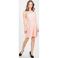 Sukienki hiszpanki: Dorothy Perkins Petite DRESS WITH CAP SLEEVE Sukienka koktajlowa blush