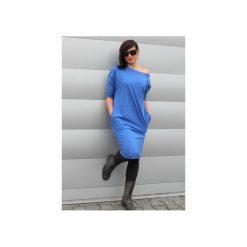Sukienka midi oversize chaber. Niebieskie sukienki dresowe Szarymary, xxs, midi, dopasowane. Za 129,00 zł.