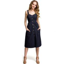 Sukienki: Sukienka na szelkach z guzikami – granatowa