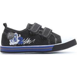 Czarne Trampki Treat On. Czarne buty sportowe chłopięce Born2be, z materiału, młodzieżowe, z okrągłym noskiem. Za 39,99 zł.
