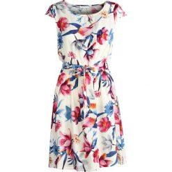 Sukienki: Biała Sukienka Just a Girl