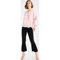 Bluzki asymetryczne: Sundry GEOMETRIC  Bluzka blush