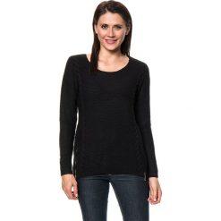 Sweter w kolorze czarnym. Czarne swetry klasyczne damskie C&Jo i Assuili, z dzianiny. W wyprzedaży za 159,95 zł.