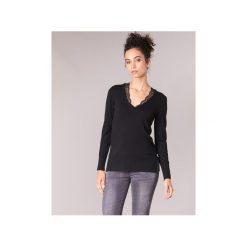 Swetry Guess  BETH. Czarne swetry klasyczne damskie Guess, l. Za 329,00 zł.