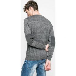 Medicine - Sweter Graphic Monochrome. Szare swetry klasyczne męskie MEDICINE, m, z bawełny. W wyprzedaży za 79,90 zł.