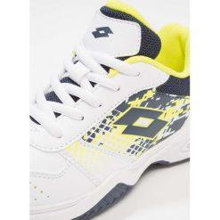 Lotto TSTRIKE IV   Obuwie do tenisa Outdoor white/blue. Białe buty sportowe chłopięce Lotto, z materiału. Za 169,00 zł.