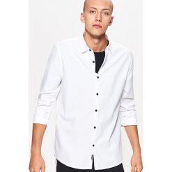 Gładka koszula slim fit - Biały. Białe koszule męskie slim marki Cropp, l. Za 69,99 zł.