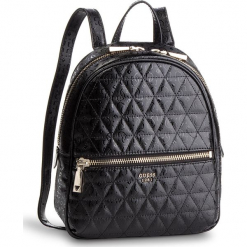 Plecak GUESS - HWSG71 81320 BLA. Czarne plecaki damskie Guess, z aplikacjami, ze skóry ekologicznej, eleganckie. Za 559,00 zł.