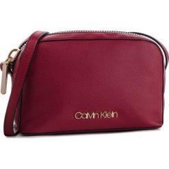 Torebka CALVIN KLEIN - Drive Camera Bag K60K604459 628. Czerwone listonoszki damskie Calvin Klein, ze skóry ekologicznej. Za 399,00 zł.