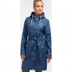 Płaszcz przeciwdeszczowy w kolorze niebieskim. Niebieskie płaszcze damskie Schmuddelwedda, xs, w paski. W wyprzedaży za 347,95 zł.