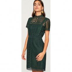 Koronkowa sukienka - Zielony. Zielone sukienki koronkowe Reserved. Za 119,99 zł.
