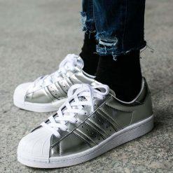 """Buty adidas Superstar Boost Women """"Silver Metallic"""" (BB2271). Szare buty sportowe damskie marki Adidas, z materiału, adidas superstar. Za 164,99 zł."""