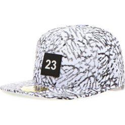 Czapka męska snapback biała (hx0188). Białe czapki z daszkiem męskie marki Dstreet, z aplikacjami, eleganckie. Za 69,99 zł.