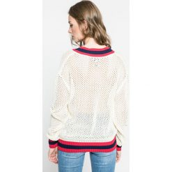 Tommy Hilfiger - Sweter Gigi Hadid. Szare swetry klasyczne damskie marki TOMMY HILFIGER, l, z bawełny. W wyprzedaży za 399,90 zł.