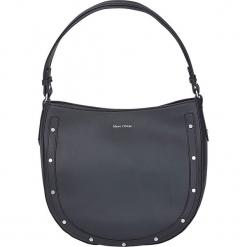 """Skórzana torebka """"Madelyn"""" w kolorze czarnym - 33 x 29 x 13 cm. Czarne torebki klasyczne damskie Marc O'Polo, w paski, z materiału. W wyprzedaży za 341,95 zł."""