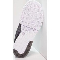 Nike SB STEFAN JANOSKI MAX Tenisówki i Trampki gunsmoke/black/white. Szare tenisówki męskie Nike SB, z materiału. W wyprzedaży za 349,30 zł.
