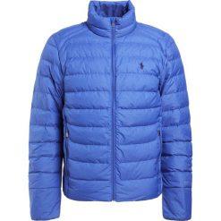 Polo Ralph Lauren Kurtka puchowa blue saturn. Szare kurtki męskie puchowe Polo Ralph Lauren, na zimę, m, z materiału. W wyprzedaży za 566,55 zł.