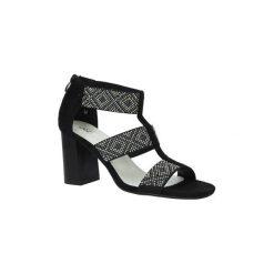 Rzymianki damskie: Sandały Jezzi  Czarne sandały na obcasie z ozdobnymi nitami  SA123-3