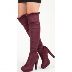 ZAMSZOWE MUSZKIETERKI Z FUTERKIEM. Czerwone buty zimowe damskie SUPER ME, z zamszu. Za 128,00 zł.