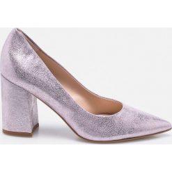 Solo Femme - Czółenka. Szare buty ślubne damskie marki Solo Femme, z materiału, na obcasie. W wyprzedaży za 199,90 zł.