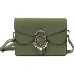 """Skórzana torebka """"Gina"""" w kolorze khaki - 21 x 16 x 6,5 cm. Brązowe torebki klasyczne damskie Spécial maroquinerie, z aplikacjami, z materiału, z aplikacjami. W wyprzedaży za 218,95 zł."""