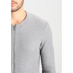 Swetry męskie: Jack & Jones JPRNIKO Kardigan grey