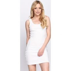 Biała Sukienka Flashes of Light. Białe sukienki letnie Born2be, s. Za 69,99 zł.
