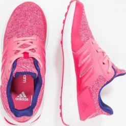 Adidas Performance RAPIDARUN Obuwie do biegania treningowe vivid berry/chalk pink. Brązowe buty sportowe dziewczęce marki adidas Performance, z gumy. Za 229,00 zł.
