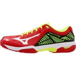 Mizuno WAVE EXCEED 2 AC Obuwie do tenisa Outdoor mars red/white/safety yellow. Czerwone buty sportowe męskie Mizuno, z materiału, na golfa, mizuno wave. W wyprzedaży za 407,20 zł.