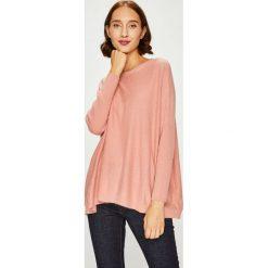 Answear - Sweter. Różowe swetry klasyczne damskie ANSWEAR, l, z dzianiny, z dekoltem w łódkę. W wyprzedaży za 114,90 zł.