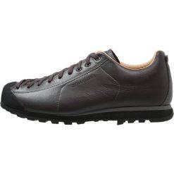 Scarpa MOJITO BASIC Obuwie hikingowe dark brown. Brązowe buty skate męskie Scarpa, z gumy, outdoorowe. Za 659,00 zł.